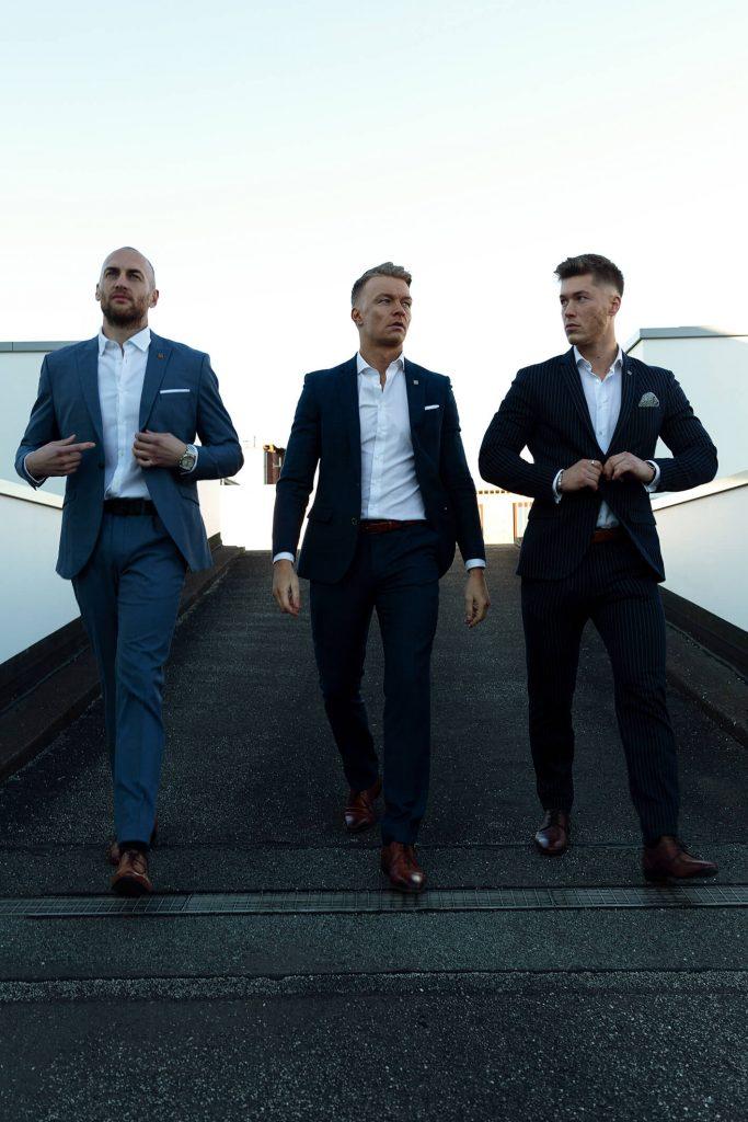 Christoph Eisold, Thomas Büttelmann und Steffen Rüsch von der Finanzkanzlei Bremen laufend
