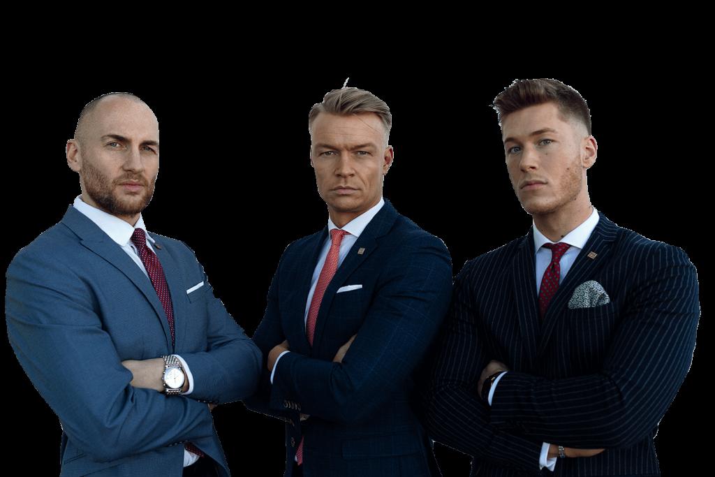 Christoph Eisold, Thomas Büttelmann und Steffen Rüsch von der Finanzkanzlei Bremen mit transparentem Hintergrund ernst